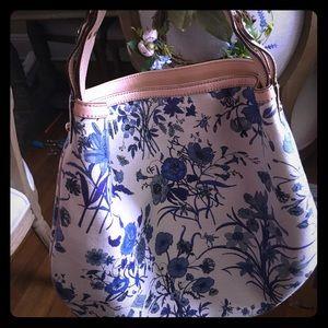 Gucci Floral Hobo Bag